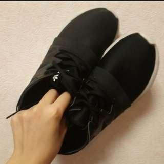adidas tubular viral 一代黑