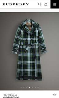 Burberry trench coach ( runway )
