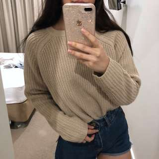 Knitted pullover in Oatmeal