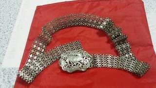 Paranakan silver belt