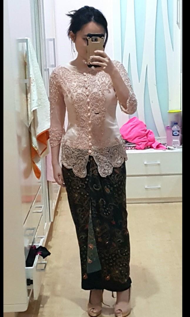 1 Set Kebaya Wisuda Warna Rose Gold Women S Fashion Women S