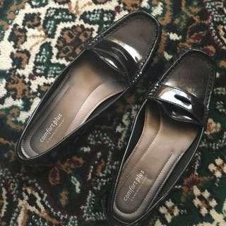 Black Comfy Shoes