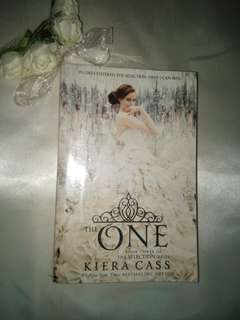 THE ONE BOOK 3 (KEIRA CASS) SELECTION