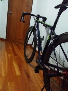 Custom Built Carbon Wheelset