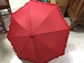 結婚紅傘 百褶花邊新娘雨遮 婚慶結婚大红色傘 長柄婚禮大喜日子
