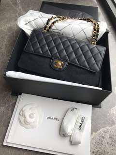 Chanel classic medium 25cm black caviar golden chain buckle 2.55 double flap