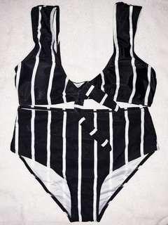 Striped swimsuit (highwaist)