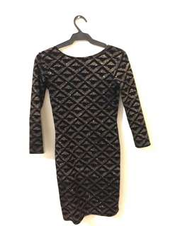 BLACK/GOLD COCKTAIL DRESS for rent