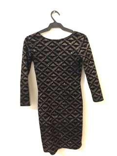 BLACK/GOLD COCKTAIL DRESS for rent
