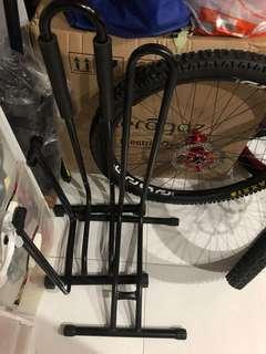 Bike A & L Stand