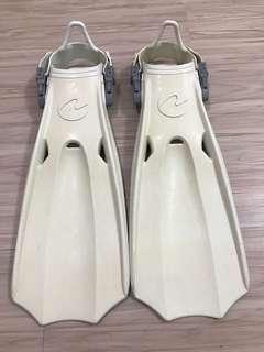 AQUALUNG 白色 橡膠 潛水/浮潛 蛙鞋 SIZE S 8成新