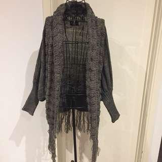 (FS) NWOT Grey tassel Cardigan