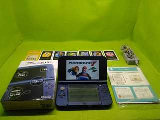 🚚 任天堂NEW3DSLL 充電器已改機B9S~32GB記憶卡 遊戲會教你去那下載 還有如何操作 8成新有使用痕跡 盒裝說明書全配