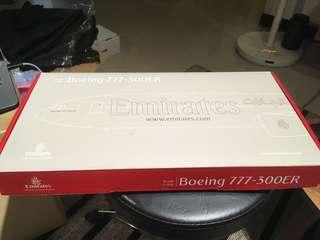 🚚 阿聯酋航空 EMIRATES BOEING B777-300ER 1:200
