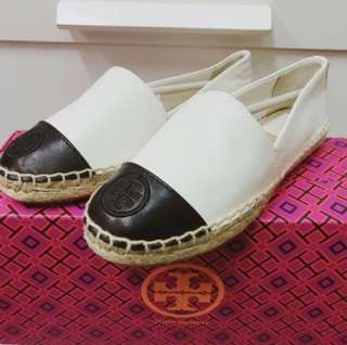 Tory Burch 黑白草底鞋