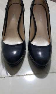 Nine west black pumps shoes
