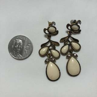 Earrings - White & Bronze