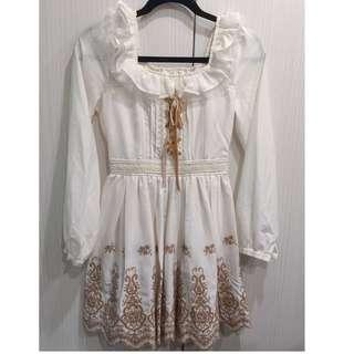 🚚 降價❗️保證正版LIZ LISA  白色洋裝咖啡色刺繡洋裝