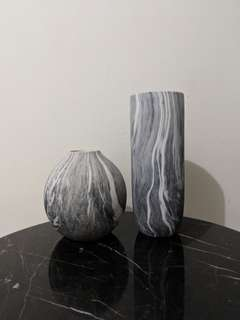 Marble textured vases