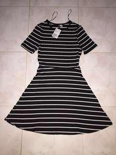 [NEW WITH TAG] HNM DRESS