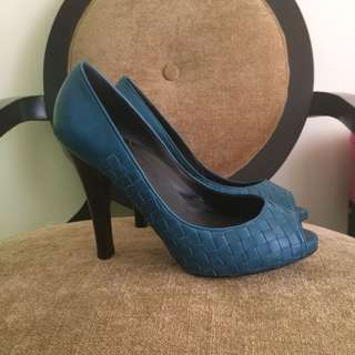 Bottega veneta blue pumps
