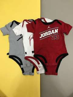 🚚 Jordan 短袖包屁衣3件組 3-6m 美國帶回
