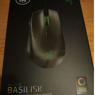 100%全新未拆Razer Basilisk FPS Gaming Mouse電競光學滑鼠