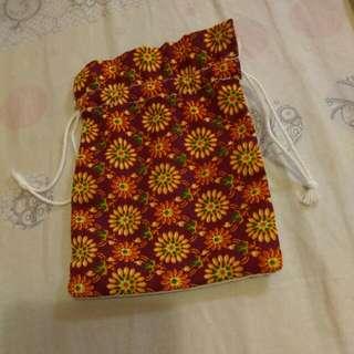 Floral Accessory Drawstring Bag