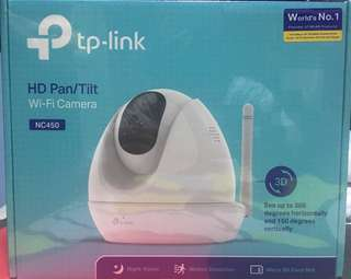 TP-LINK wifi camera (NC450) Free 32GB sd card with adaptor