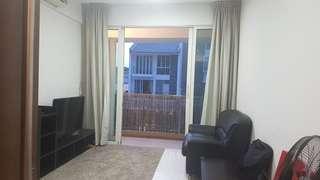 Condo room @ Eunos Queen size bed and big closet