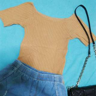 Nude knitted top