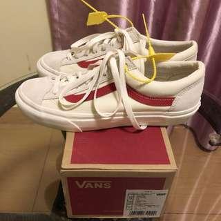 VANS Style36 白紅低筒滑板鞋