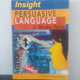 Buku Persuasive Language in Media Texts ( lnsight publications )