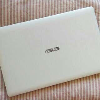 SALE!! Asus Laptop