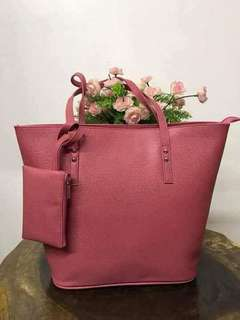 Tote bag with coin holder