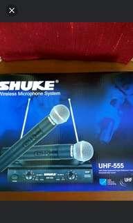 Wireless microphone.