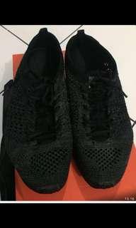 "Sepatu ""Nike"""