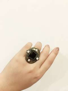Black ring 💍