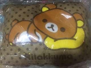 鬆弛熊cushion 頸枕