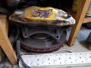 STI brembo brakes 4pot front, 2pot rear