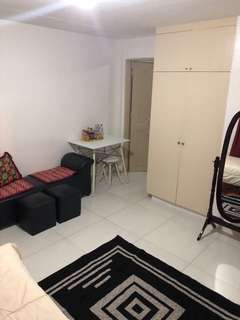 1 bedroom for rent in Brgy Olympia and Valenzuela boundary Makati