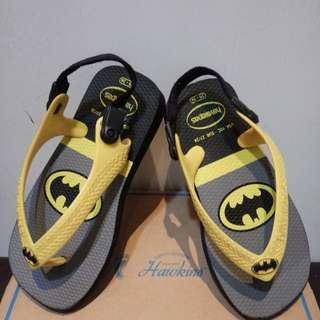 🚚 Havaianas 哈瓦仕 蝙蝠俠兒童涼鞋16.5cm