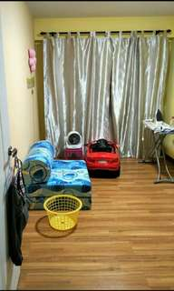 Yishun Avenue 9 (Yishun Greenwalk) Room rental