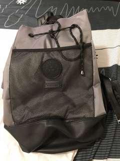 🚚 凡賽斯包包