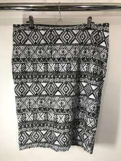 DIVIDED by H&M Aztec print skirt