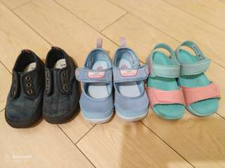 小朋友鞋(買其它鞋免費贈送)Free if buy the other shoes