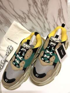 Balenciaga Triple S men sneakers 黃綠色 巴黎世家 男鞋 EU42 現貨