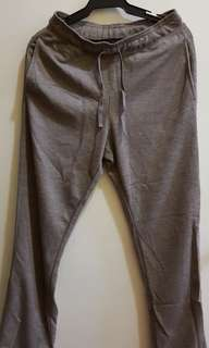 UNIQLO Jogging Pants (Small)