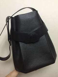 LV全黑筒袋