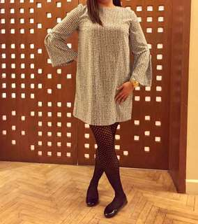 Bell Sleeves Dress (Large)